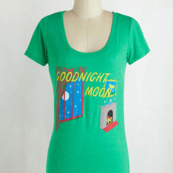 Scholastic Mid-length Short Sleeves Novel Tee in Goodnight Moon