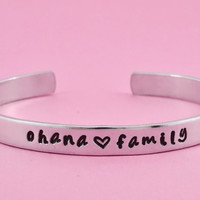 ohana family - Hand Stamped Aluminum Cuff Bracelet, Hawaiian Word Bracelet, Family Jewelry, Father Mother Gift, Brothers Sisters Gift