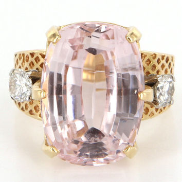 Vintage 14 Karat Yellow Gold Diamond Kunzite Large Cocktail Ring Estate Jewelry