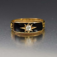 Impressive 18K Gold Diamond and Enamel Band Ring