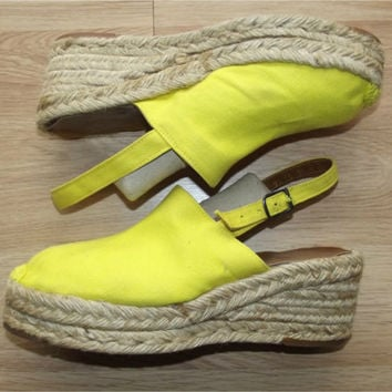 Vintage 70s Sunshine Yellow Canvas & Raffia Platform Wedge Espadrilles 10 Slingback Sandals Shoes BOHO
