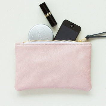 Pale Pink Leather Zipper Clutch, Zipper Pouch, Zipper Wallet, Cosmetic Pouch, Cell Phone Pouch, Everyday Clutch, Wedding Clutch