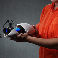 New! Portal 2 Miniature Collectible Replica Portal Gun! Officially Licensed!