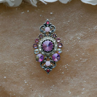 Tribal Bindi hand made with all Swarovski crystals -  victorian look, light pink bindi, big