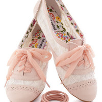 A Pretty Sight Flat in Pink | Mod Retro Vintage Flats | ModCloth.com