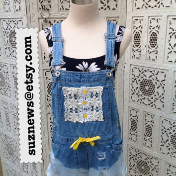 Lace Daisy Short Overalls Shortalls Dungarees Destroyed Frayed Dip Dyed Festival Hipster Size Small Farmers Bib Jeans //Suznews Etsy Store//