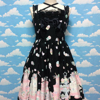 Decoration Dream Chest Switching JSK in Black from Angelic Pretty
