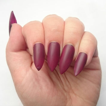 READY TO SHIP Glue On Maroon Fake Nails Burgundy Press Stiletto Summer We