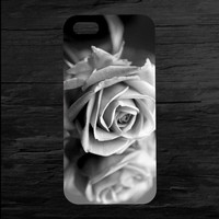 Rose iPhone 4 and 5 Case