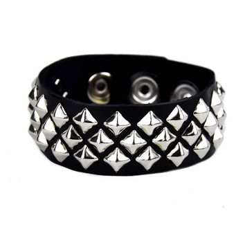 1-Row Mini Diamond Pyramid Stud Black Leather Bracelet Wristband