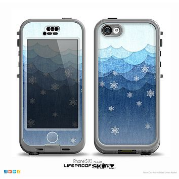The Snowy Blue Paper Scene Skin for the iPhone 5c nüüd LifeProof Case