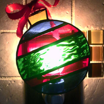 Handmade Stained Glass Ornament Night Light ~ Christmas Ornament ~ Holiday Gift ~ Holiday Night Light ~ Home Decor ~ Gifts under 20