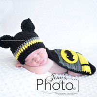 Newborn Batman Hero Hat and Cape Costume Crochet Photography Prop