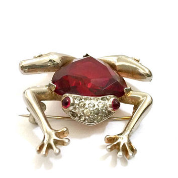 Mazer Frog 1940's Brooch, Large Ruby Red Shield Shaped Rhinestone, Pave Ice Crystals, Pale Gold Tone Metal, Vintage Figural, Designer Signed