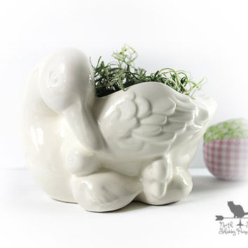 Vintage Ceramic Mother Duck and Ducklings White Planter, Alternative Easter Basket, Avon Mothers Love Planter 1984