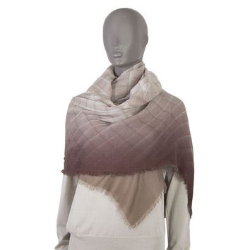 42610 auth CHANEL gradient taupe grey white cashmere Quilted Shawl Wrap Scarf