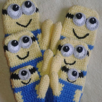 Crochet Mitten PATTERN Inspired By Minions / PDF / Tutorial / DIY / Crochet gloves pattern