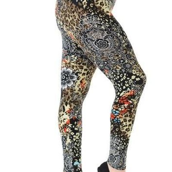 Plus Size Boho Hippie Print Leggings