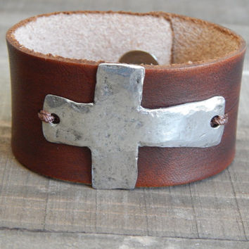 Leather cuff bracelet with pewter cross accent, rustic cuff, bohemian style, brown leather, genuine leather, cross bracelet, boho chic