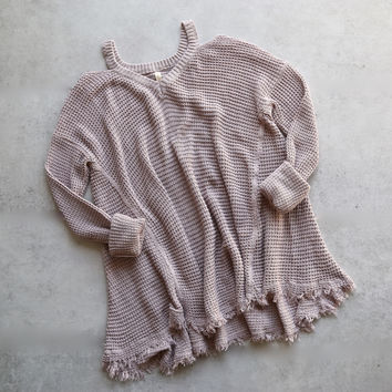 oversize thermal sweater with cold shoulder - mauve