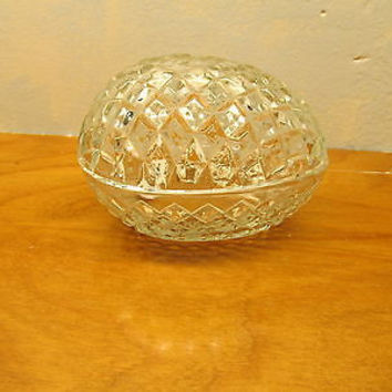 VINTAGE EGG SHAPED LEAD CRYSTAL TRINKET BOX