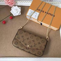 LV Louis Vuitton MONOGRAM CANVAS POCHETTE FELICIE INCLINED SHOULDER BAG