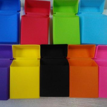 1PC Portable Silicone Cigarette Case Fashion Cover Elastic Silicone Man Women Cigarette Box Cover 9 Colors