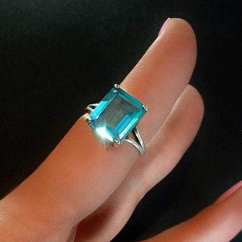Vintage Blue Topaz Aquamarine RING Emerald Cut CZ Cubic Zirconia Solitaire Ring STERLING Band 4 Carat Size 8, Ocean Color Summer Outdoors