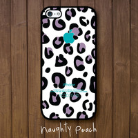 iPhone 5 Case - Purple leopard pattern