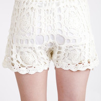 Crochet Knit Short With Drawstring - Cream