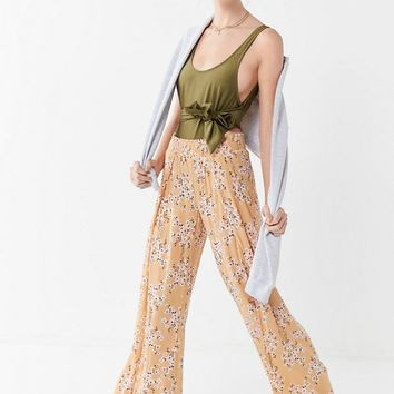 Billabong Wandering Soul Floral Wide Leg Pant | Urban Outfitters