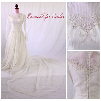 RESERVED 4 Carlos - 1940s Wedding Dress / VINTAGE / Organza / Bows / Back Buttons