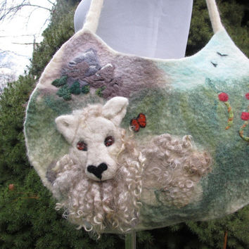 Felted Wool Purse in Cream and Green with Needle Felted 3D Sheep In Meadow. Felt Hobo Bag. Wearable Art Handbag. Wet Felted Tote.