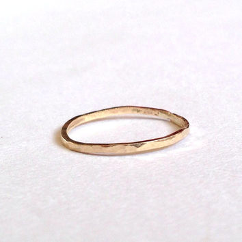 Gold Thin Ring -18 Carat - Hammered Texture - Simple - Minimal - Solid - Wedding Band - Delicate - Plain - Yellow - Rose - White - Unisex
