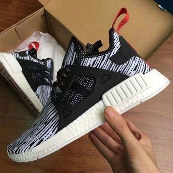 VLX85E Beauty Ticks 2017 Nmd Xr1 Iii Running Shoes Mastermind Japan Skull Fall Olive Green Glitch Black Wh