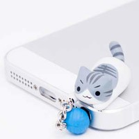 "Nyanko Earphone Jack Accessory ""Jump"" -- Gray Cat"