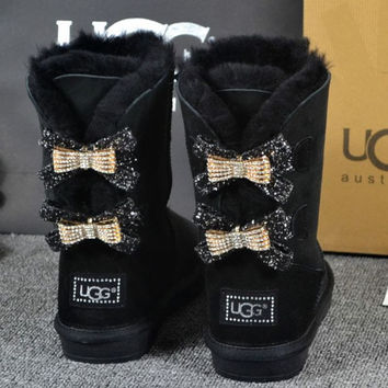UGG Hot style wool queen diamond bow ultra female beauty with thick warm ugg boots Black(two bowknot)