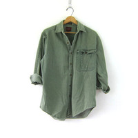 20% OFF SALE Vintage green cotton denim shirt. Button down boyfriend shirt. Mens shirt. size M