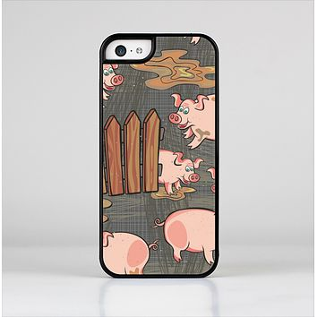 The Cartoon Muddy Pigs Skin-Sert Case for the Apple iPhone 5c