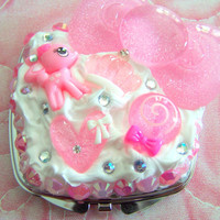 CUTE Pink Bow Decoden Whipped Icing Kawaii Compact Mirror