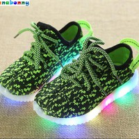 2017 Fashion Colorful lighted Children shoes LED Lovely Cool New brand Cool kids sneakers casual baby boys girls shoes