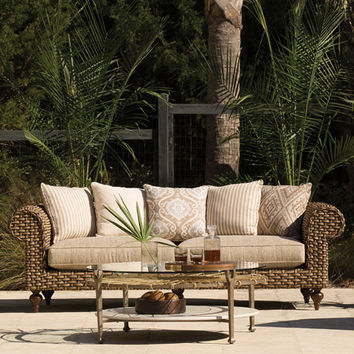 Hemingway Outdoor Chesterfield Sofa