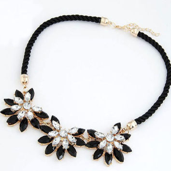 Crystal Flowers Weave Necklace For Women