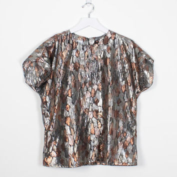 Vintage 80s Blouse Gold Silver Pewter Metallic Tshirt Draped Leaf Abstract Print Top 1980s Blouse Short Sleeve Glam Disco Top M L Large XL