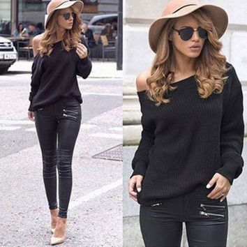 DCCK8H2 Black One Shoulder Long Sleeve Knitted Blouse