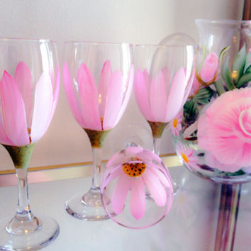 Hand Painted Wine Glass and Pitcher Set - Pretty Me Pink Daisy Wine Glass Rose Pitcher Daisy glasses