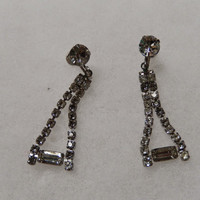 Simple Dangling Rhinestone Earrings with Screw Backs