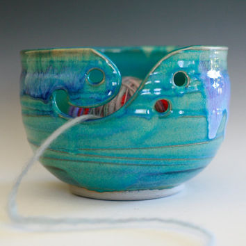 Large Yarn Bowl, knitting bowl, handmade ceramic yarn bowl, gift ideas, ceramics, READY TO SHIP