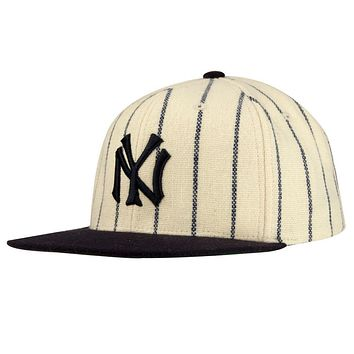 New York Yankees - 1921 Logo MLB 400 Adult Flat Brim Snapback Cap