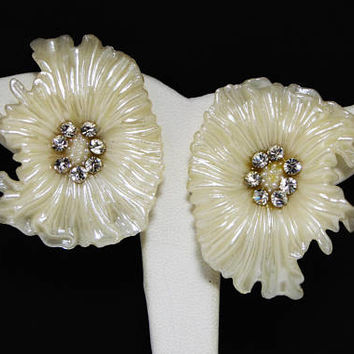 White Celluloid Flower Earrings. Clear Rhinestone Centers - Tropical Vacation Jewelry, Brides Wedding, Vintage 1940's 1950's Clip Ons